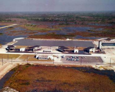 "The Strange Cold War History of ""Apix Florida"""